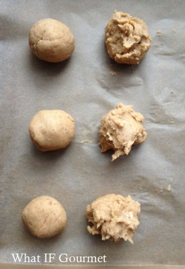 Just-blended dollops of dough on the right; dough balls after chilling and rolling on the left.
